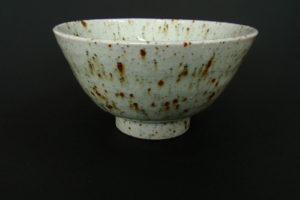 Natural porcelain bowl with feldspar glaze